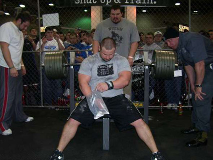 Raw bench Press Champ Jeremy Hoornstra