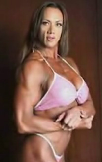 Female Bodybuilder Amber Deluca