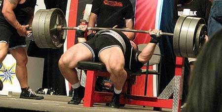 Jim Grandick benching at the olympia