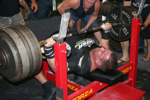 Schwanke nailing his first 700 pound bench press