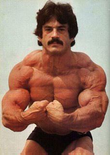 Sinn und Unsinn von proteinreicher Ernährung im Bodybuilding Mike-mentzer-heavy-train1