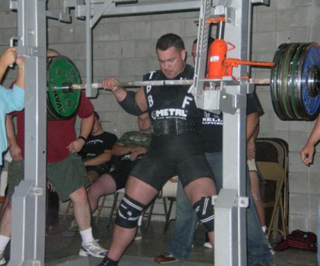 Mike Schwanke's 870 Pound Squat
