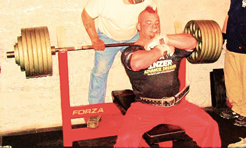 Damian Osgood the first to bench 600 weighing under 200 pounds