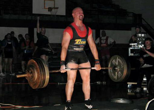 Danny Aguirre 3x's body weight deadlift